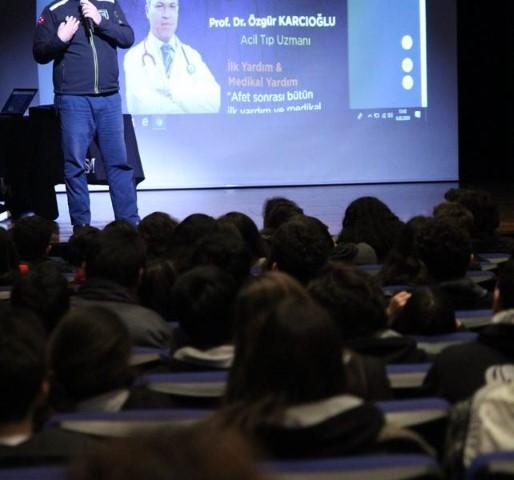 Saint Michel Istanbul:conférences de prévention
