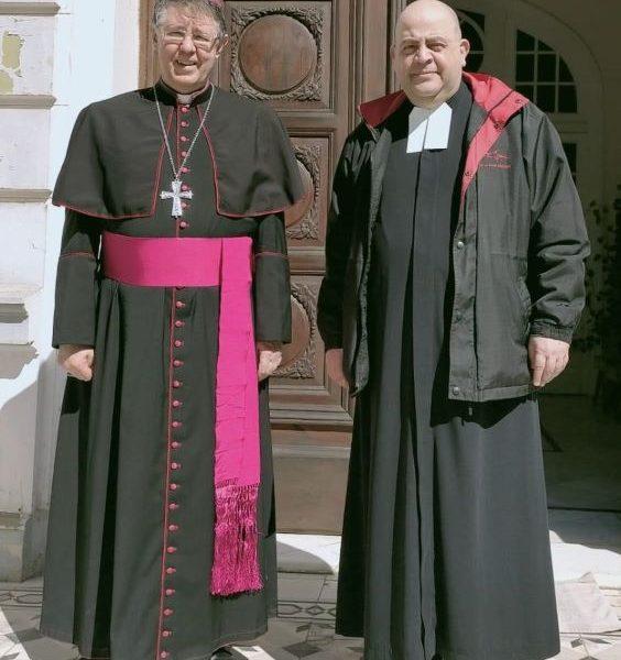 Rencontre du Frère Visiteur avec l'évêque latin en Egypte.