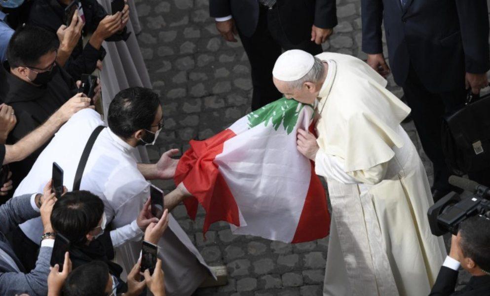 """« Aider le Liban à accomplir un chemin de """"résurrection"""" »: appel du pape"""